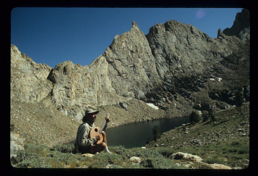 Jim_playing_The_Snail_at_Verdi_Lake_in_the_Ruby_Mountains