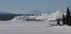 yellowstone lake in winter w west thumb